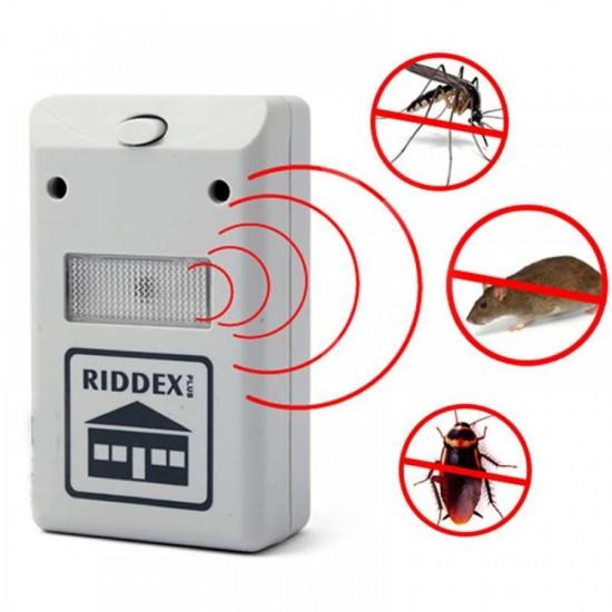 69.30 - Aparat anti rozatoare si insecte Riddex cu ultra-sunete alimentare 230V - Anti-Daunatori